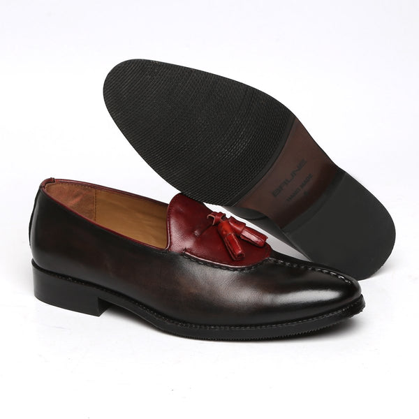 Wine-Olive Dual Look Split Toe Leather Slip-On by BRUNE