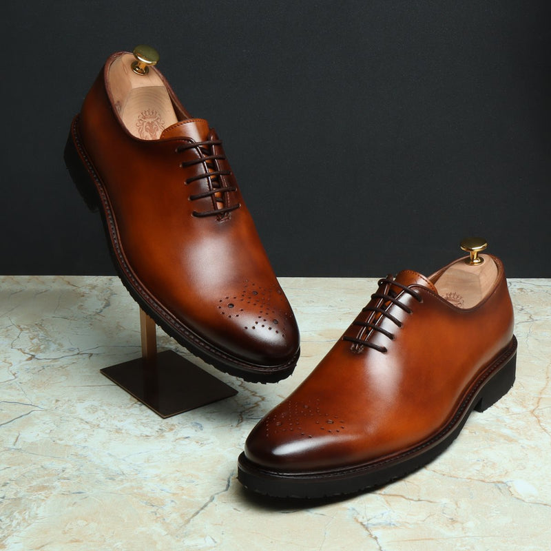 TAN LEATHER WHOLE CUT/ONE PIECE MEDALLION TOE OXFORD SHOES NOW IN LIGHT WEIGHT COLLECTION.
