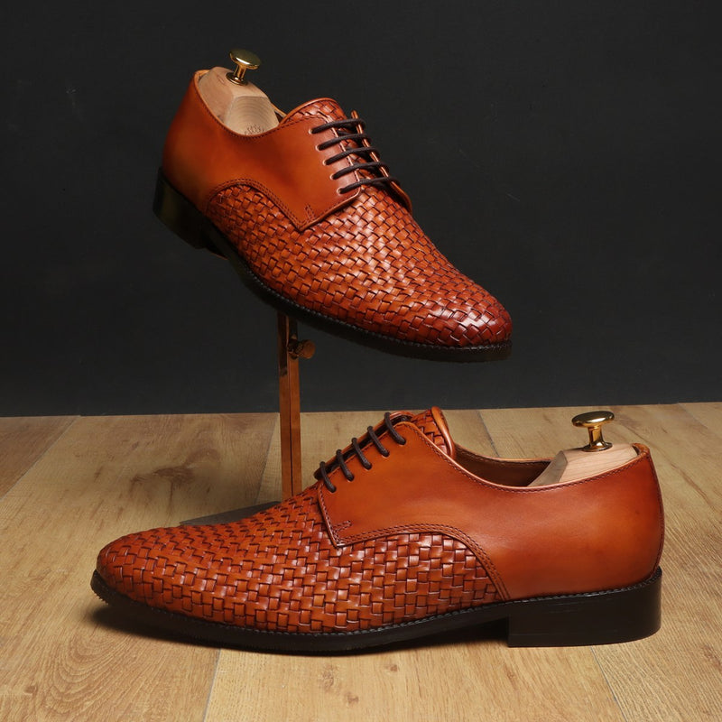 Brune Tan Hand weaved front lace up formal shoe