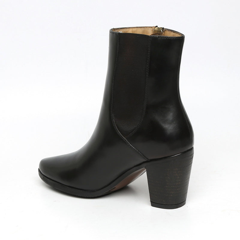 Black Leather Boots By Brune