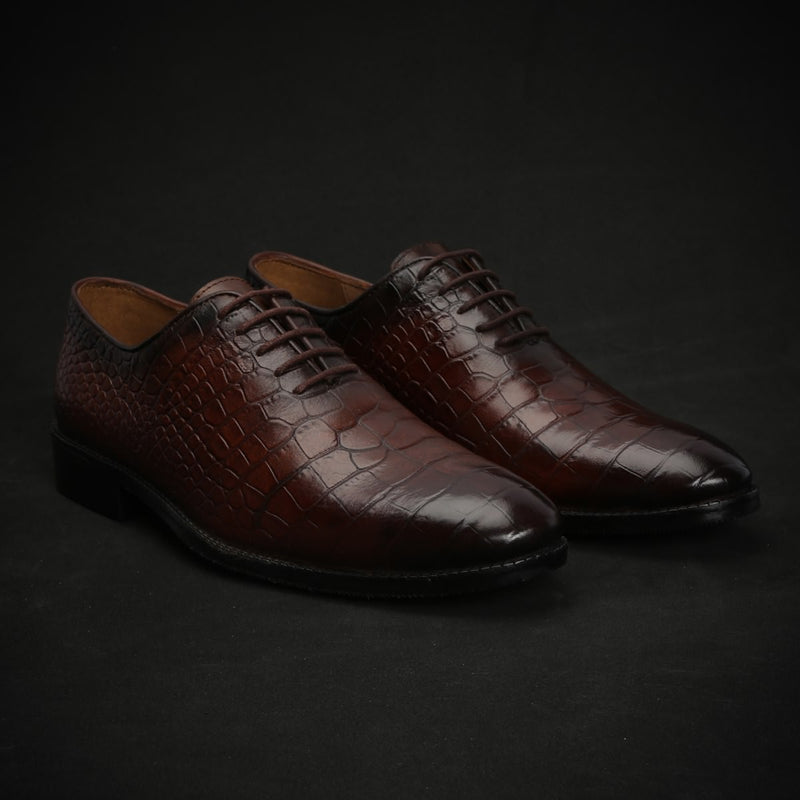 Brown Genuine Leather Brogue/Oxford By Brune
