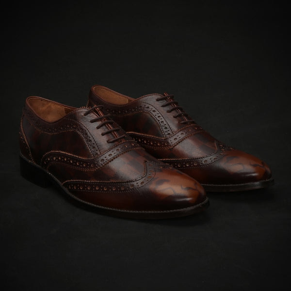 Brown Check & Lion Monogram Design Toe Brogue Oxford Shoes By Brune