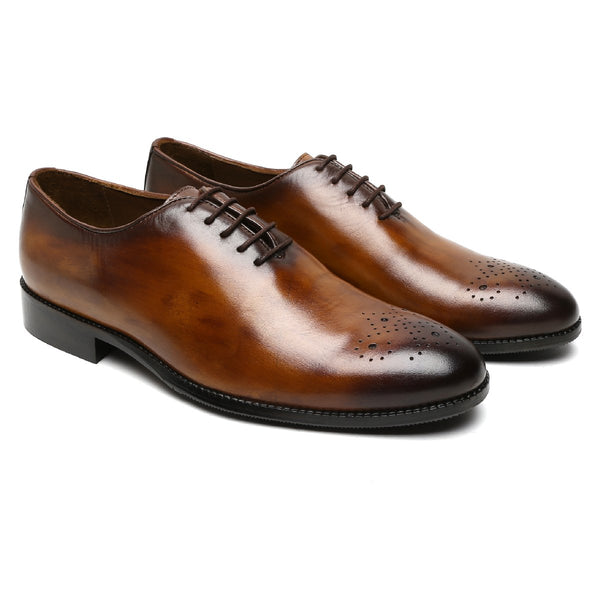 CYU TAN LEATHER WHOLE CUT/ONE PIECE MEDALLION TOE OXFORD SHOES BY BRUNE