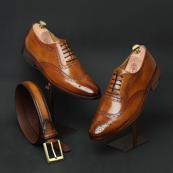 Tan combo full wingtip brogue leather oxfords shoe by brune and golden matte buckle belt