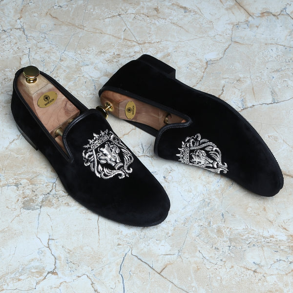 Silver Crown Bareskin Lion Zardosi Black Velvet Slip-On