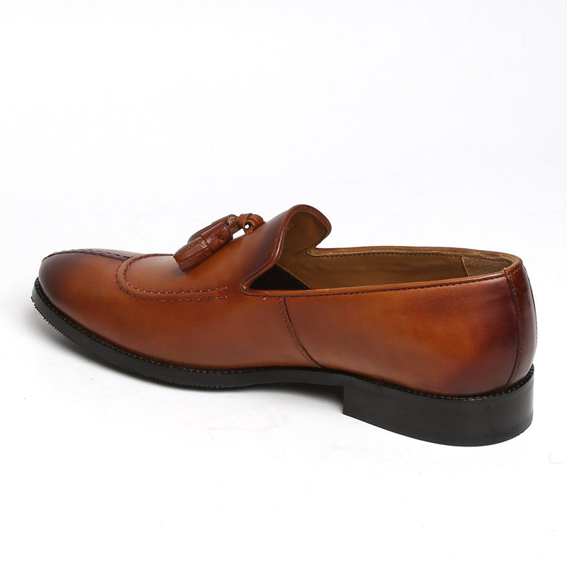 TAN MOD LOOK SPLIT TOE LEATHER SLIP-ON BY BRUNE