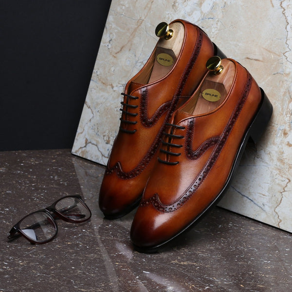 TAN LONG TAIL DESIGNER BROGUE LEATHER SHOES BY BRUNE