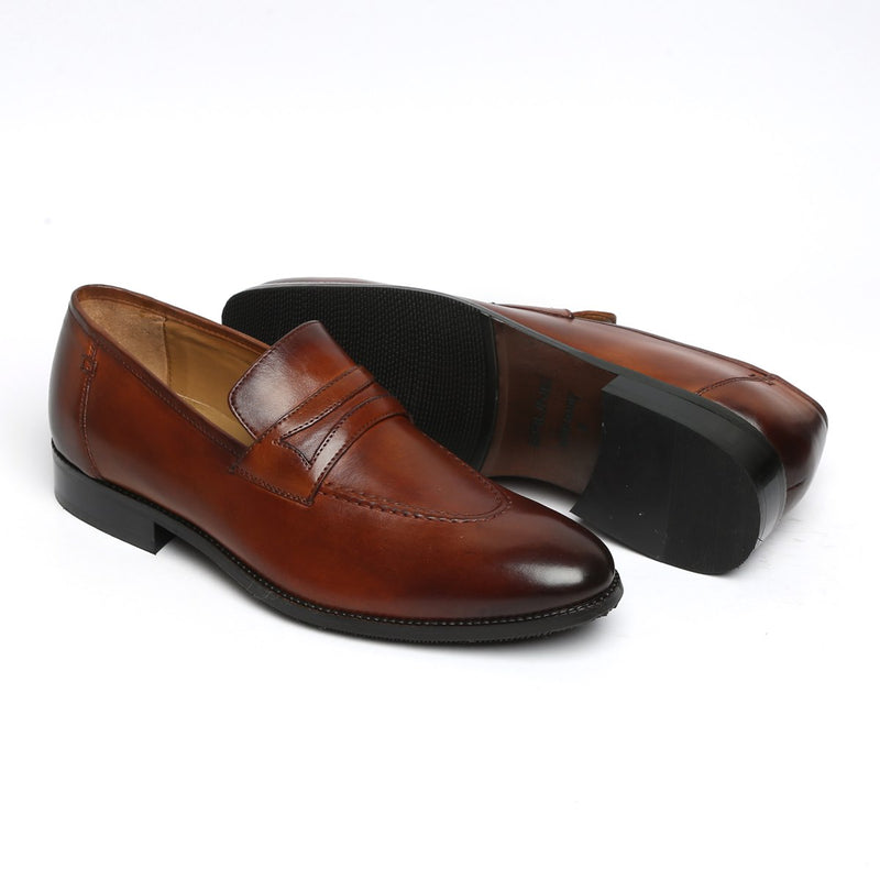 COGNAC LEATHER MOD LOOK APRON TOE LOAFERS BY BRUNE