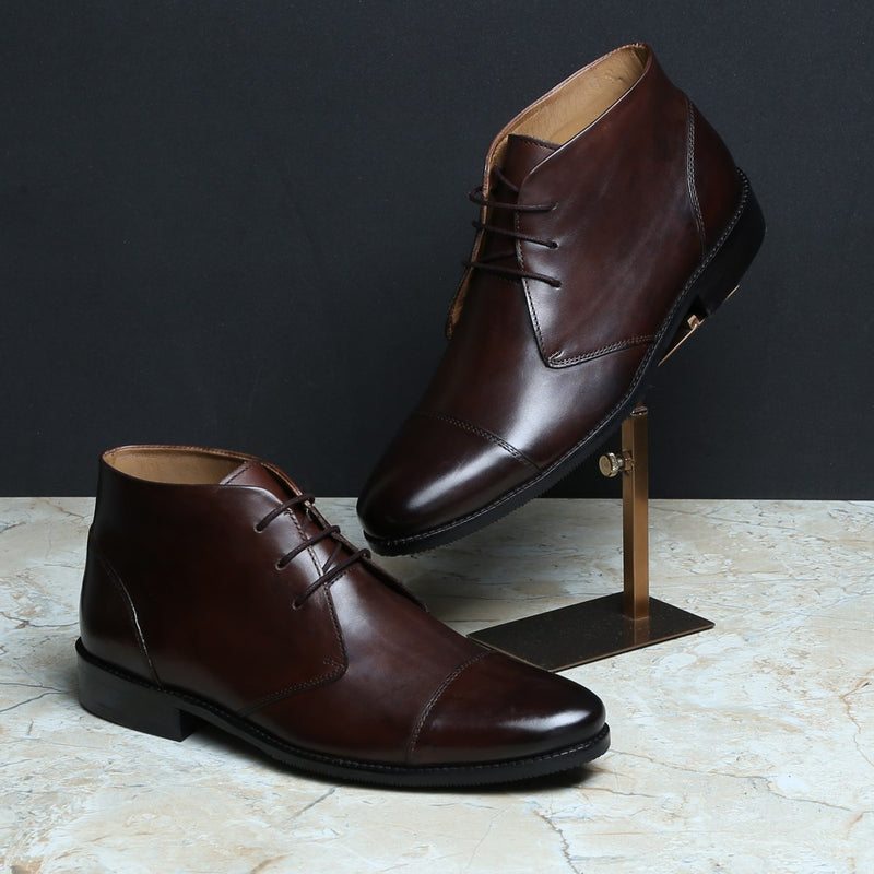 BROWN LEATHER CAP TOE CHUKKA LEATHER BOOTS BY BRUNE