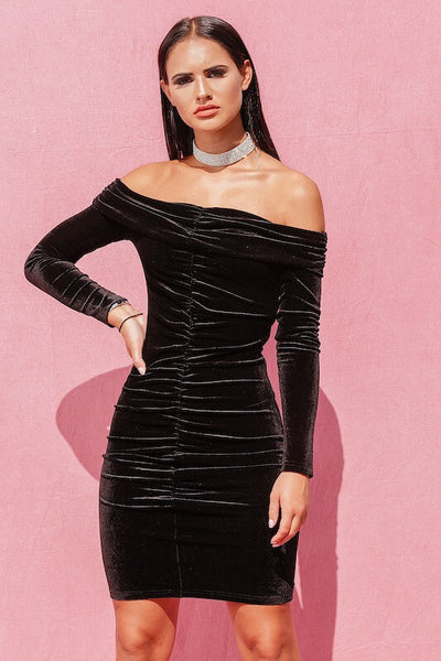 AMANDA BLACK MIDI OFF SHOULDER VELVET PARTY DRESS - IvyEkongFashion