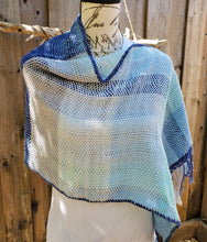 Load image into Gallery viewer, Handwoven Cotton Ponchito in Blues