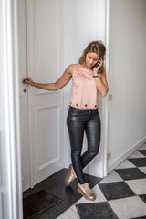 Leather & Cool Look