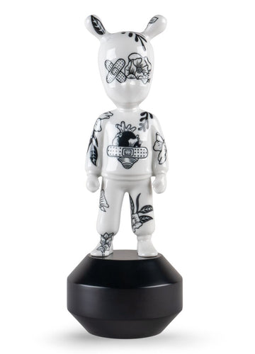 Lladró: The Guest by Henn Kim Figurine Small model Numbered edition