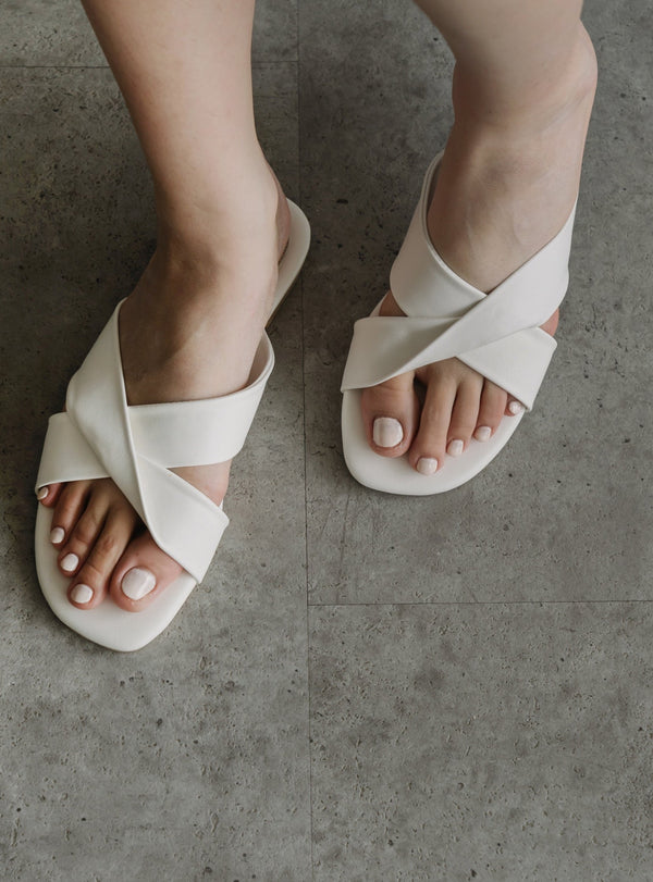 Essential Sandals in Broken White