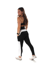 Load image into Gallery viewer, Innovate High-Rise Leggings