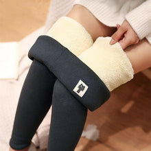 Load image into Gallery viewer, New Leggings Autumn Winter Plus Velvet Leggings Women Thick Fleece Wool Black Thermal Pants Plus Size Women Winter Warm Trousers