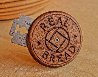 "Wire Monkey UFO  Lame - ""Real Bread"" design"