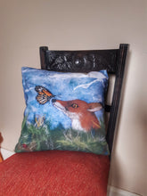 Load image into Gallery viewer, Curious Creatures - Cushion cover