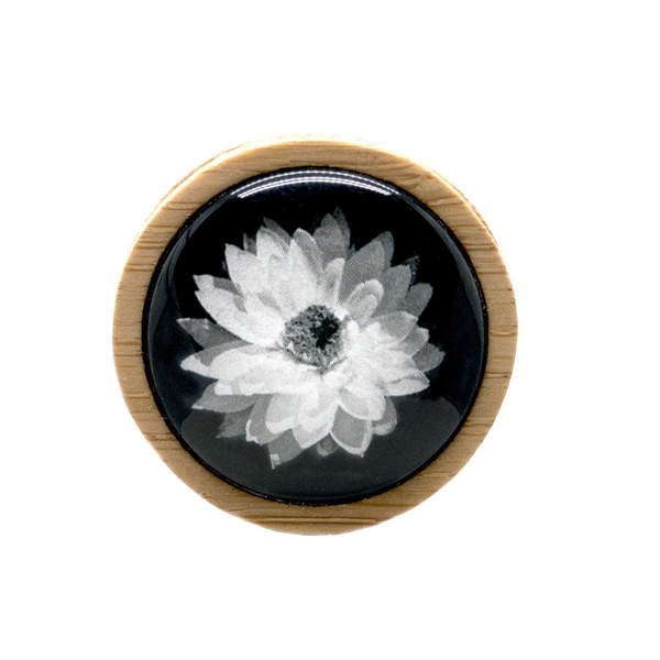White Daisy - Flower Brooch - Australian Flowers - Fine Art Photography - Handmade In Tasmania