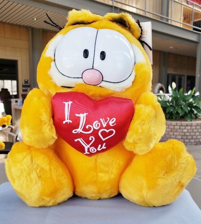 "Garfield "" I Love You"" Plush"