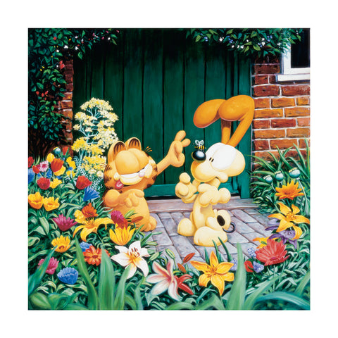 Garfield and Odie In The Garden
