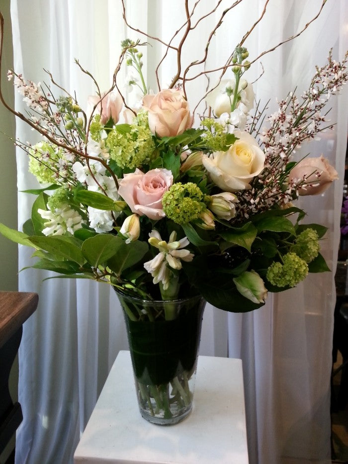 shop.balconi.ca Vase Arrangement Thinking of You