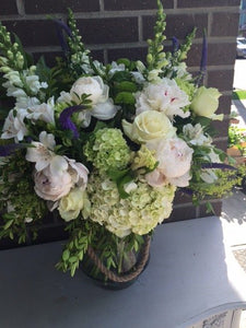 shop.balconi.ca Vase Arrangement Finesse