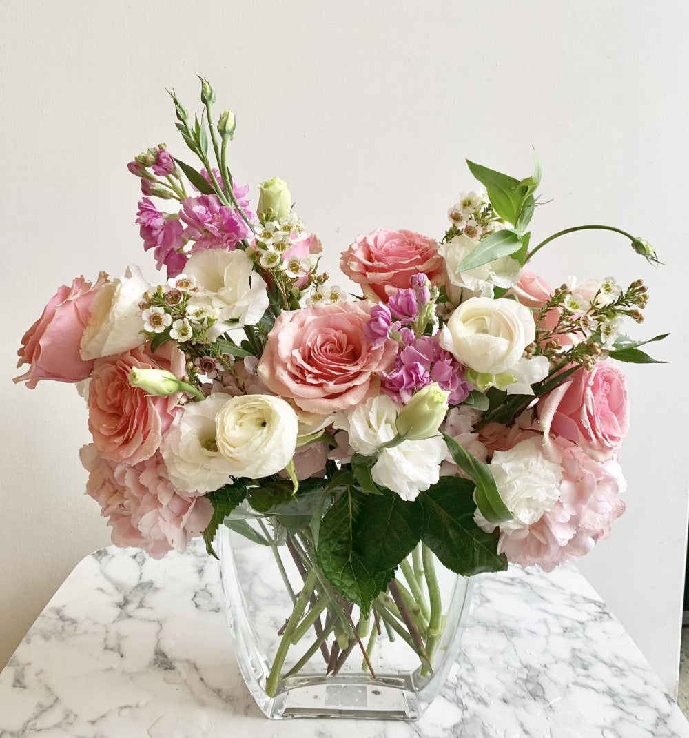 shop.balconi.ca Vase Arrangement XOXO