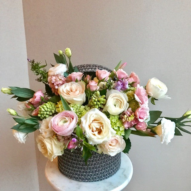 shop.balconi.ca Vase Arrangement Spring in Paris