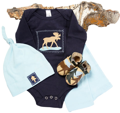 Moosewinkle Gift Set (navy, with matching shoes, onesie, pant, hat)