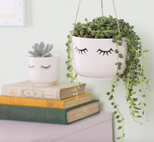 Load image into Gallery viewer, Sass & Belle Eyes Shut Hanging Planter