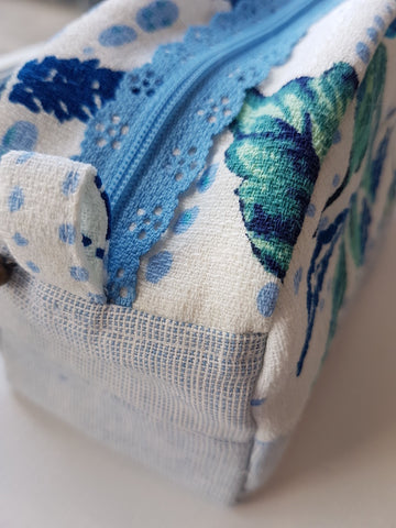 Lace Zipper Pouch - Wednesday July 18 - 1:30 - 4:30 PM