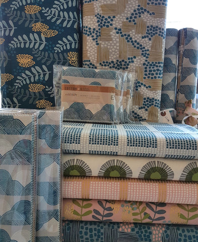 Jen Hewett for Cotton + Steel - Imagined Landscapes - Seaside Daisy in Sage
