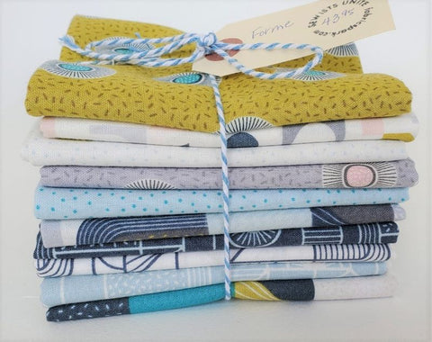 Designer Bundle - Forme by Lewis and Irene 10 x FQ