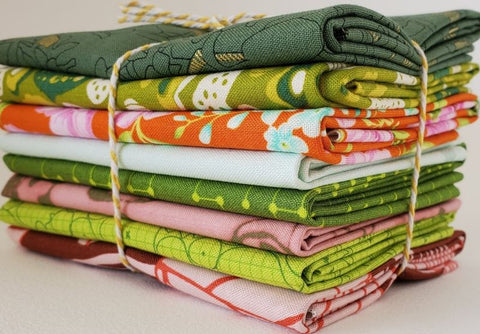 Staff Picks Bundle - 8 Fat Quarters - In the Garden