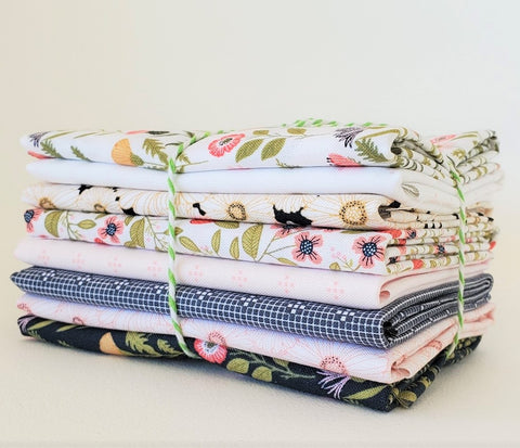 Designer Bundle - Daisy Mae x 8 Fat Quarters
