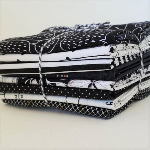 Staff Picks Bundle - 8 Fat Quarters - It's All Black And White