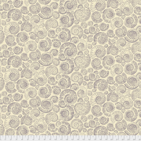 Snow Leopard - Arcadia - Ammonites in Cream
