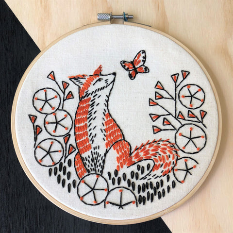 Hook Line & Tinker Embroidery Kit - Fox in Phlox