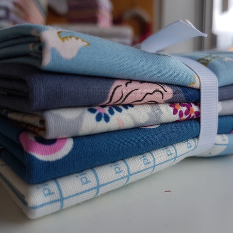 Designer Bundle - Steno Pool by Kim Kight 5 x Fat Quarters