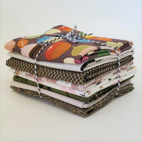 Staff Picks Bundle - 8 Fat Quarters - Wetlands and Shorelines