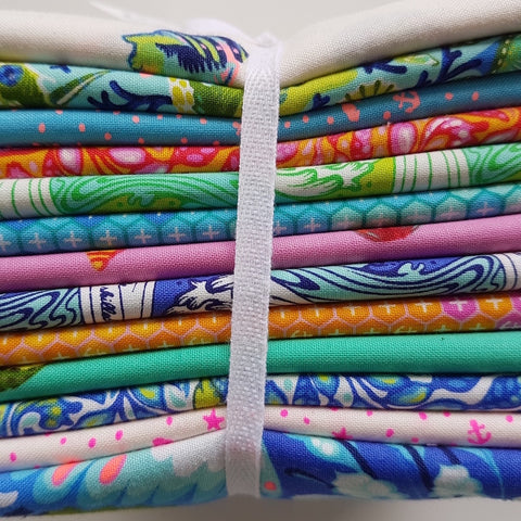 Designer Bundle Tula Pink Zuma - 13 x Fat Quarters
