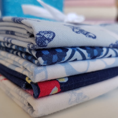 Designer Bundle - Blue Carolina by The Tattooed Quilter 5 x FQ