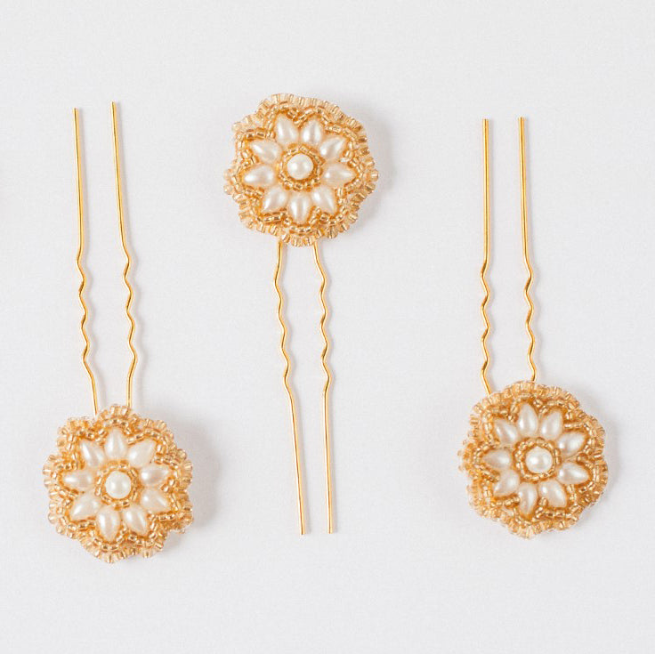 Aimee gold and pearl daisy bridal hairpins