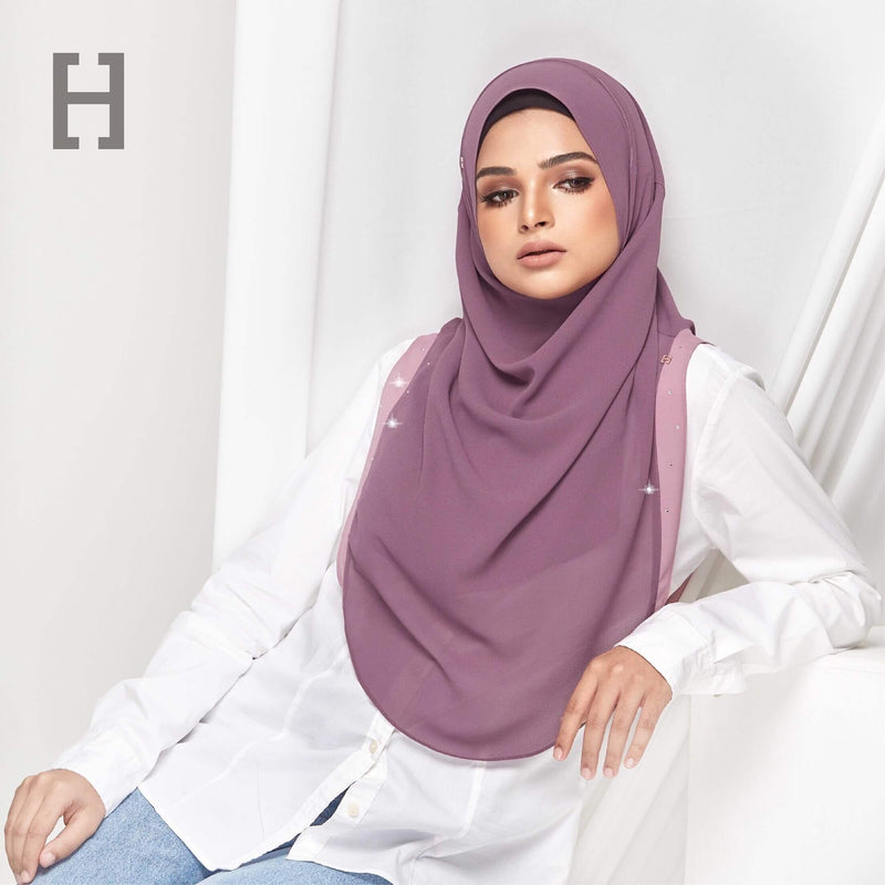HEGIRA | CHARMINGLY-SO PLAIN WITH SWAROVSKI BOYSENBERRY