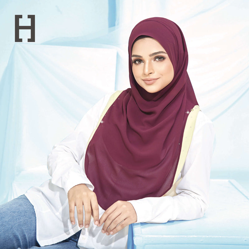 HEGIRA | CHARMINGLY-SO PLAIN WITH SWAROVSKI OLD BURGUNDY