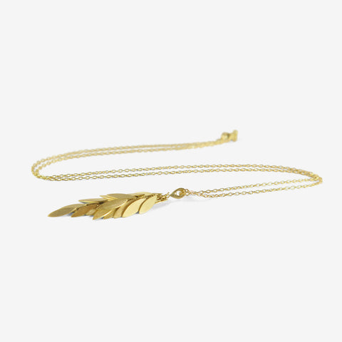 SIA TAYLOR 18K GOLDEN LEAF NECKLACE