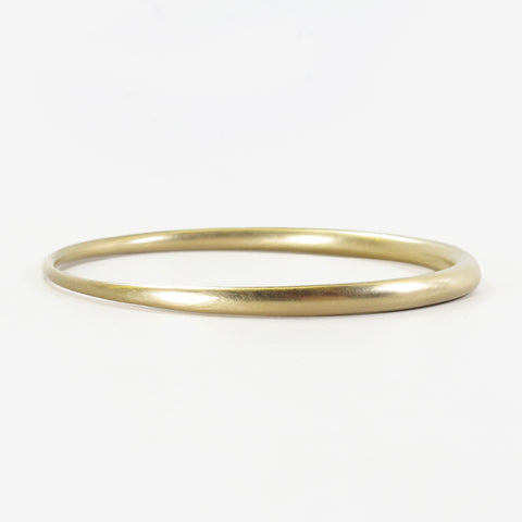 TED MUEHLING 14K YELLOW GOLD SKINNY BANGLE