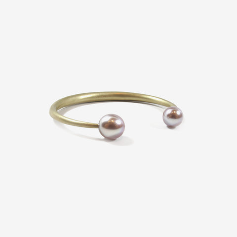 TED MUEHLING 14K & PINK FRESHWATER PEARL OPEN BANGLE