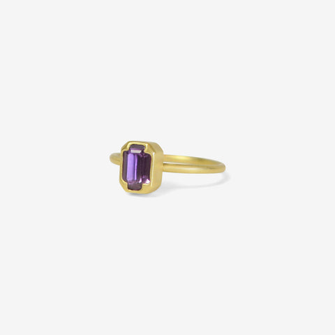 GABRIELLA KISS 18K & EMERALD CUT PURPLE SAPPHIRE RING